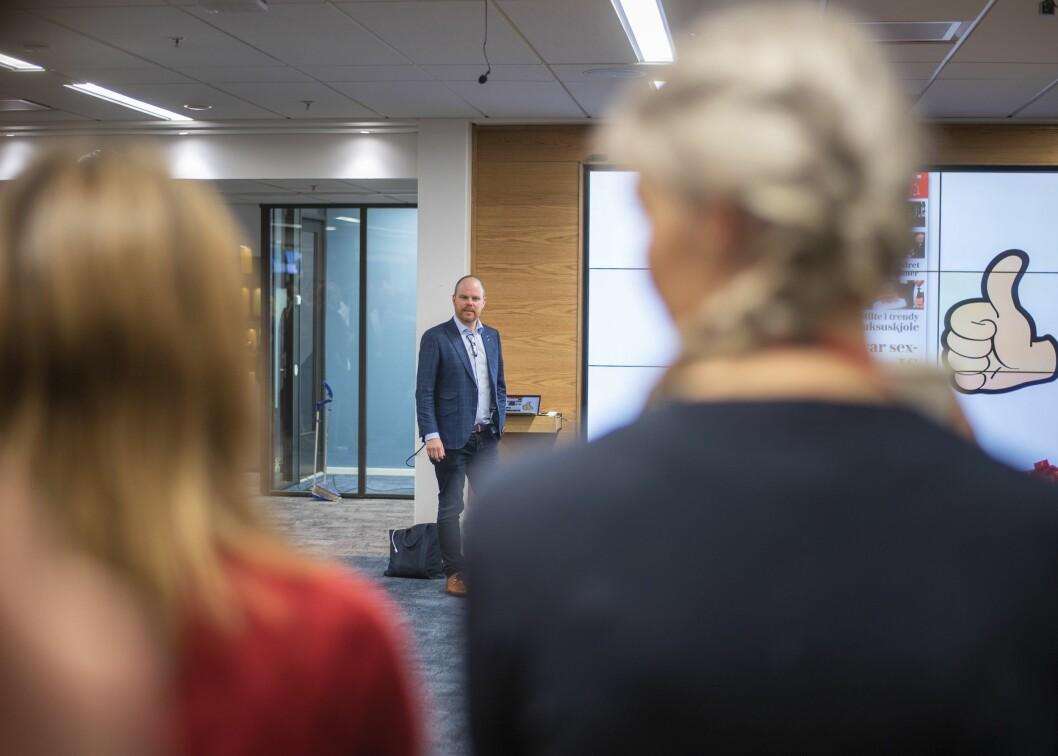 Sjefredaktør Gard Steiro i VG taler framføre sine tilsette på eit morgonmøte 11. desember i fjor.