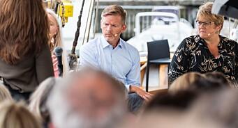 Tage Pettersen (H) får ansvaret for mediemeldinga: - Lokalavisene skal prioriteres