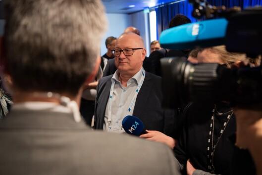 Leder av Landsalget for Lokalaviser (LLA), Rune Hetland, under framlegging av mediestøttemeldinga.