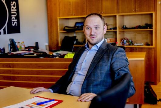 Samferdselsminister Jon Georg Dale (Frp) snakker om ny postlov.
