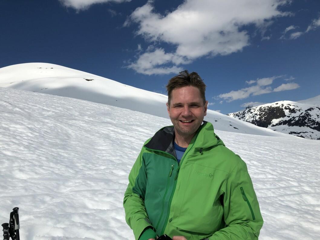 Programleder Jens Christian Nørve i Åsted Norge på TV 2. Her på påskefjellet.