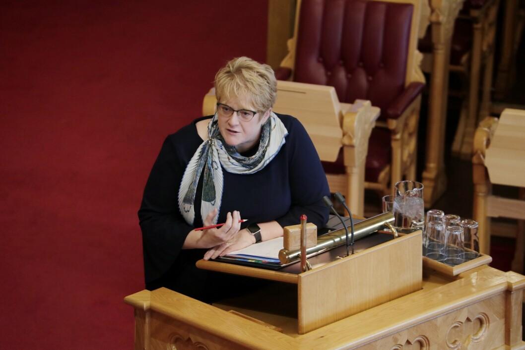 Kulturminister Trine Skei Grande (V) under den muntlige spørretimen i Stortinget onsdag.