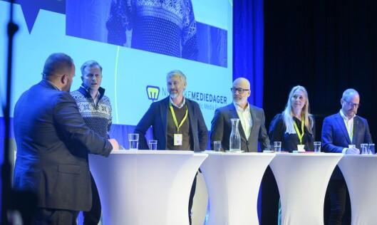 Ordstyrer Gard L. Michalsen, NENT-sjef Vegard Drogseth, TV 2-sjef Olav T. Sandnes, NRK.-sjef Thor Gjermund Eriksen, Discovery-sjef Tine Austvoll Jensen og VG-sjef Gard Steiro.