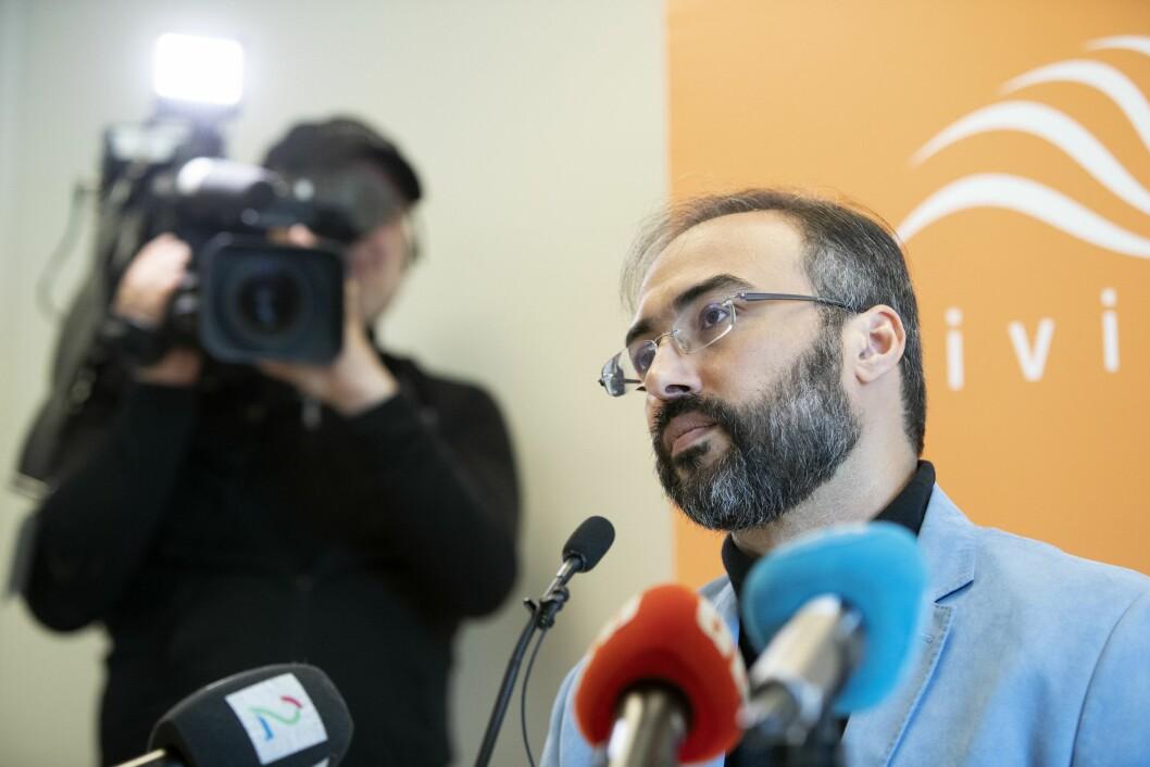 Menneskerettighetsaktivist Iyad el-Baghdadi holder pressekonferanse om trusler mot seg. Han legger også frem informasjon som ikke tidligere er kjent. Pressekonferansen er i regi av Civita.