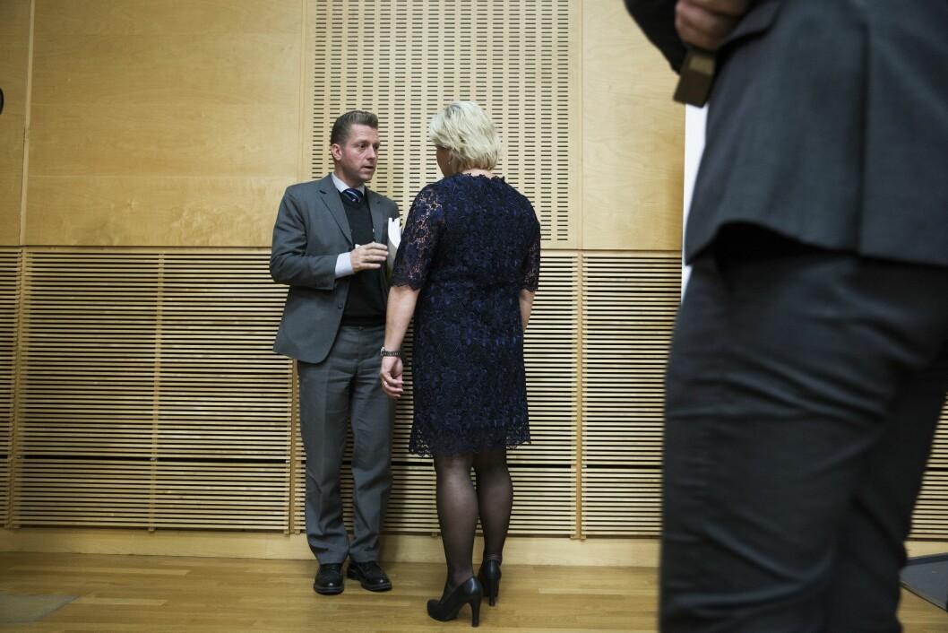 Finansminister Siv Jensen og Statssekretær Jørgen Næsje (t.v.) i forbindelse med framleggingen av statsbudsjettet i 2017.Foto: Berit Roald / NTB scanpix
