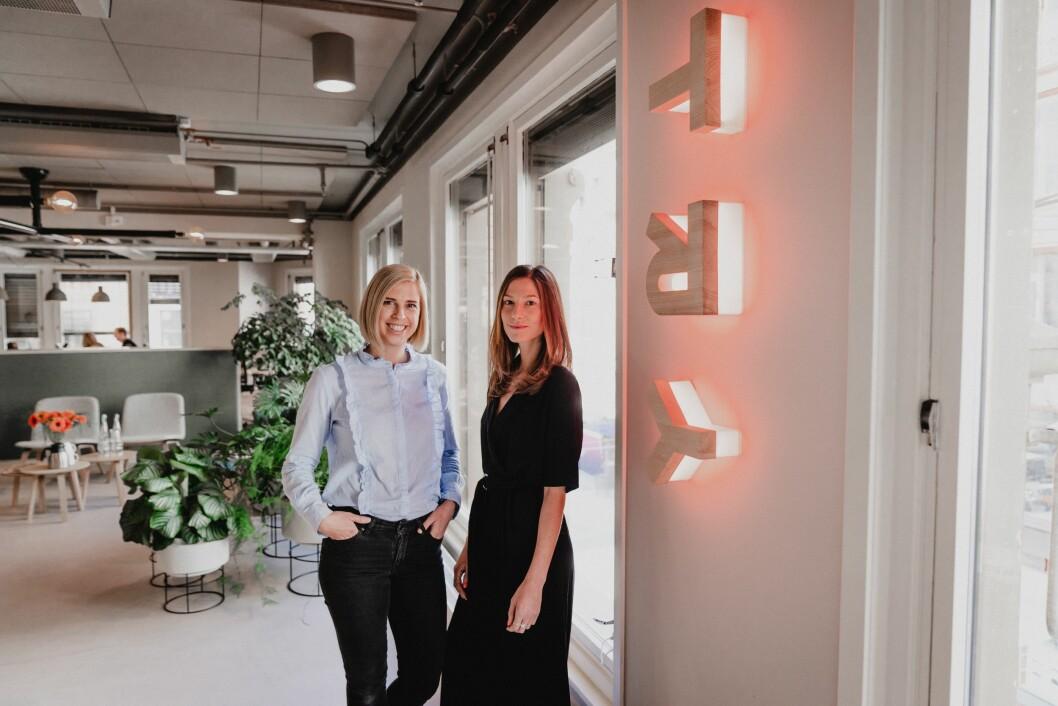 Assisterende daglig leder Kristine Eikenes og prosjektleder Aliaa Noelle Hamza i TRY Råd