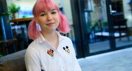 TikTok-stjerne Sara Cecilies (17) råd til norske medier: – Skal du nå unge, er dette en bra plattform