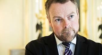 Røe Isaksen legger seg flat: Innrømmer at han burde dratt i nødbremsen på PR-stunt fra Innovasjon Norge