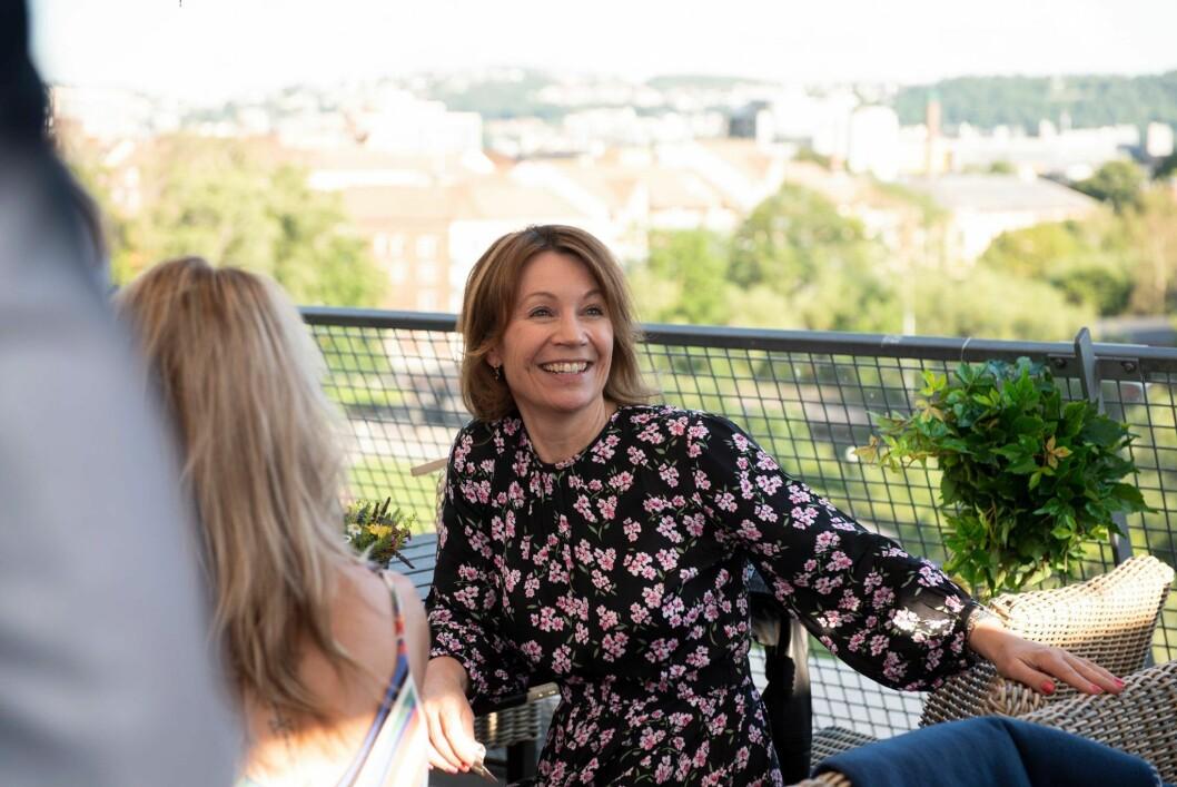 Kjersti Sortland skal ha sommerferie både hjemme i Norge og i England.