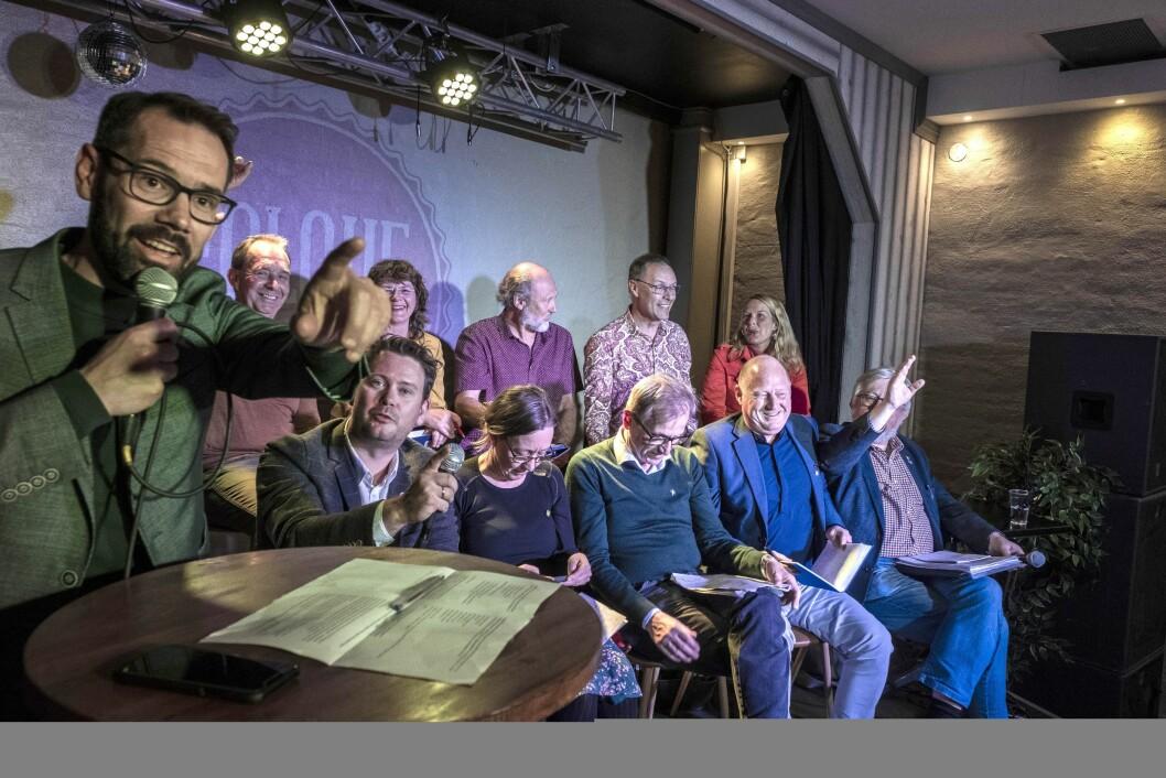 Folkemøte på Parkbiografen i Skien med ansvarlig redaktør Tom Erik Thorsen som debattleder. Foto: Fredrik Pedersen.