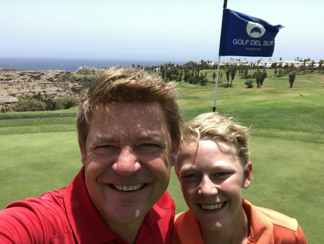 P4-direktør Kenneth Andresen og sønnen Fredrik er på sommerferie på Tenerife.