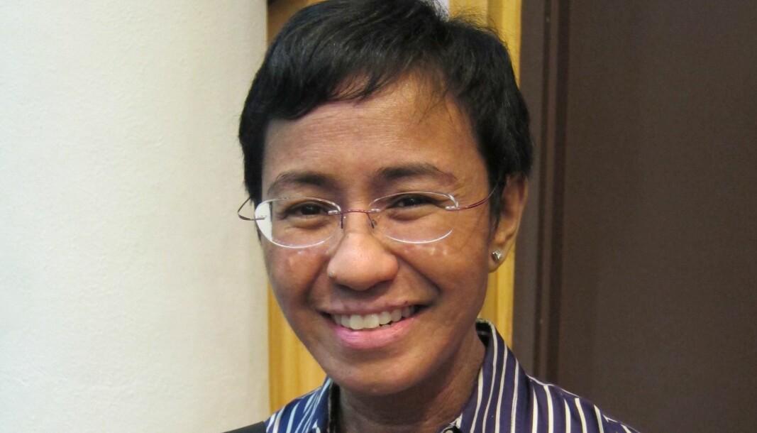 Den uredde og prisbelønte journalisten Maria Ressa fikk fredag Nobels fredspris.