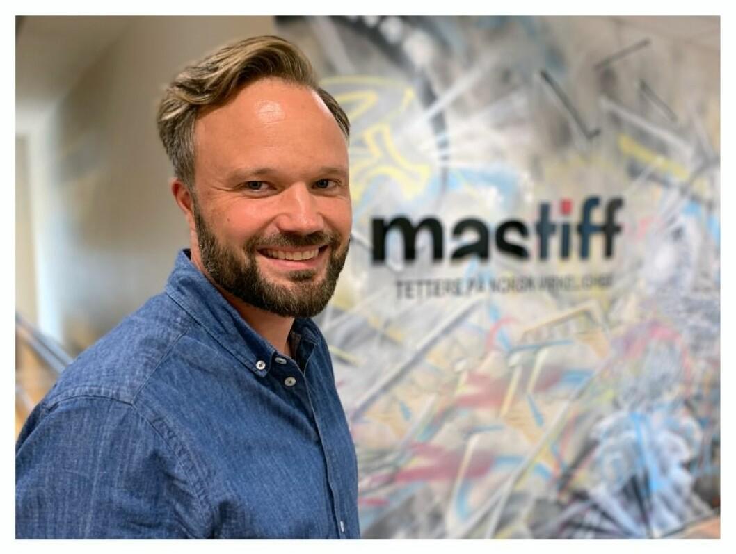 Jostein Olseng har vært i Mastiff i tolv år - og blir værende en stund til.
