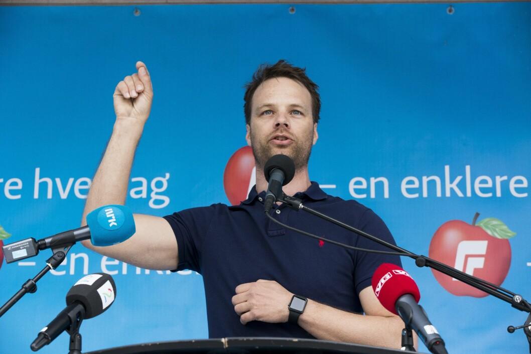 Jon Helgheim, her avbildet på talerstolen i Drammen 1. mai i fjor.