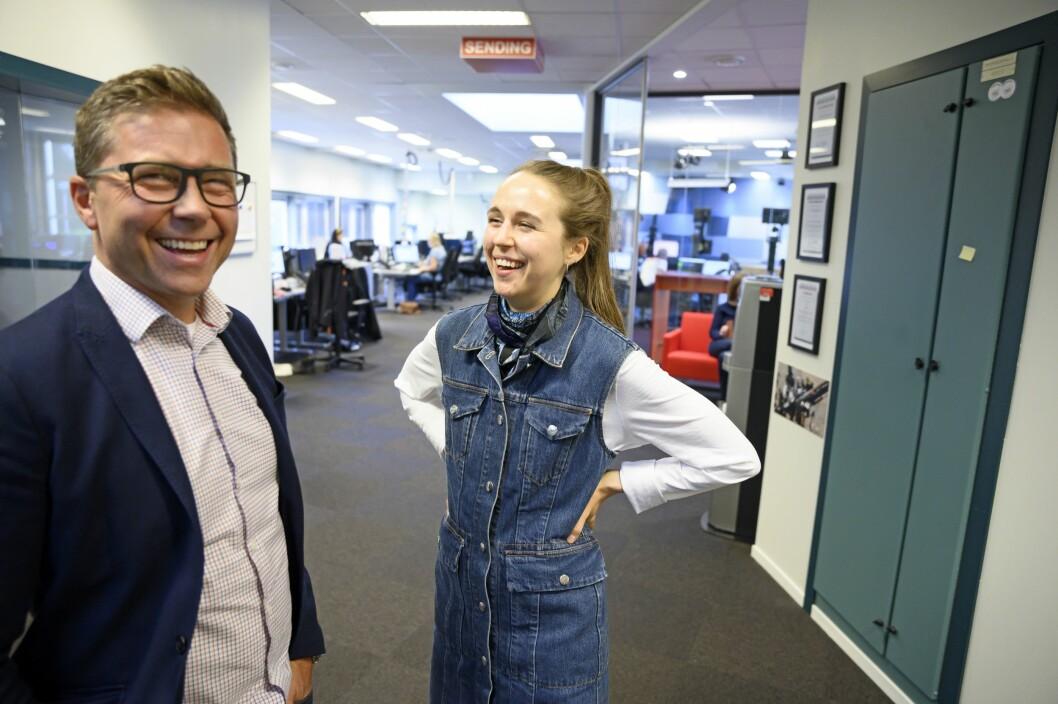 Distriktsredaktør Ragnar Christensen og programleder Ruth Einervoll Nilsen jobber hardt for at NRK Rogaland skal bli P1-ledelsens førstevalg. Da er det lov å glise litt.
