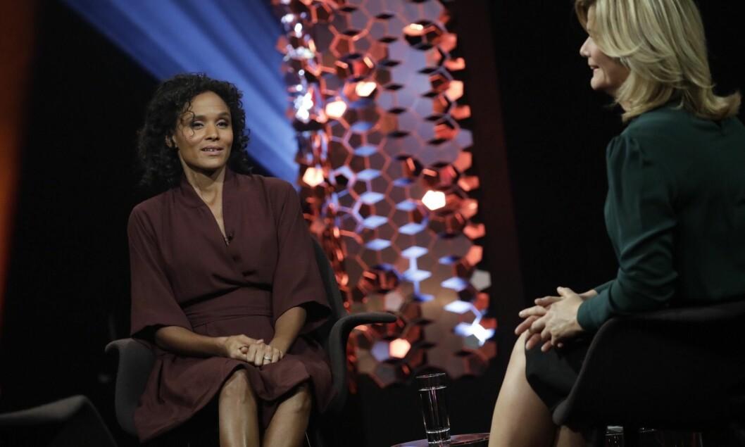 Anne Lindmos intervju av Haddy Njie på NRK 1 har fått mye kritikk.
