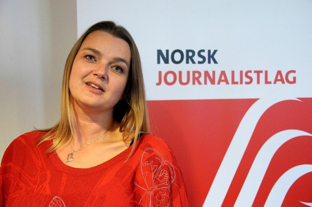 NJ-leder Hege Iren Frantzen er bekymret for om journalistene vil klare å løse samfunnsoppdraget hvis kuttene fortsetter. Foto: Erik Waatland