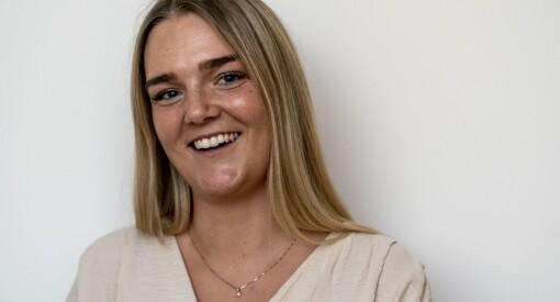 Elise Rønningen (24) er fast ansatt som journalist i Adresseavisen