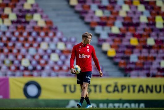 Martin Ødegaard på treningen til landslaget i fotball på Arena Nationala før EM-kvalifiseringskampen mot Romania.
