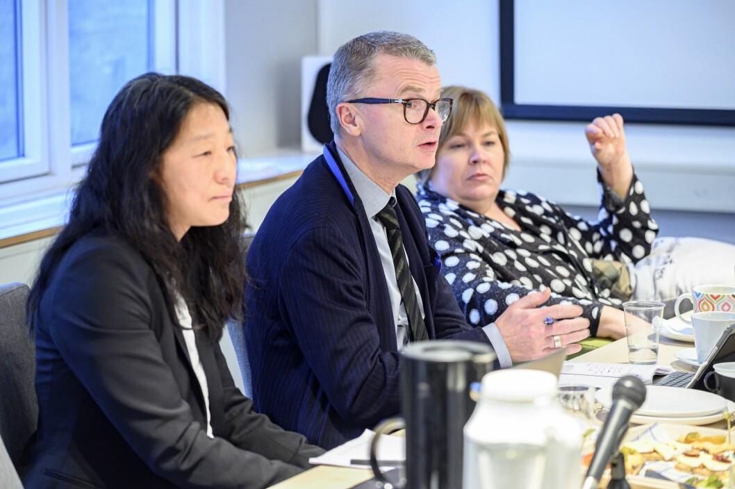 Lars Helle (i midten) under PFU-møtet 18. desember 2019.