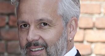 Selvmordsforsker kritisk til mediedekningen av Ari Behns død