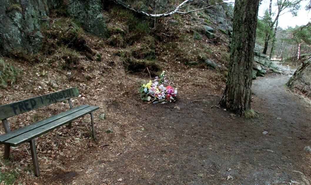 ARKIVFOTO: Veien de to drepte jentene tok etter badet - her fra tiden rundt rettssaken tilbake i 2001. Foto: Lise Åserud / SCANPIX