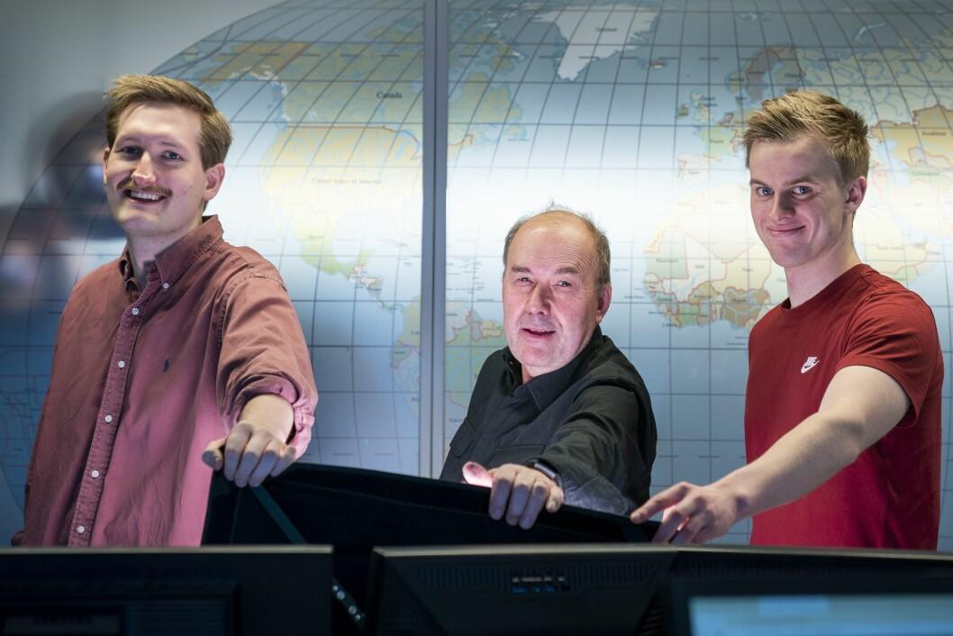 F.v.  Edvard Stenersen, Dag P. Kjørholt  og Jonas Berge er de tre journalistene fra NTB som etter planene skal reise ned til Sydney for NTB. .Foto: Heiko Junge / NTB scanpix
