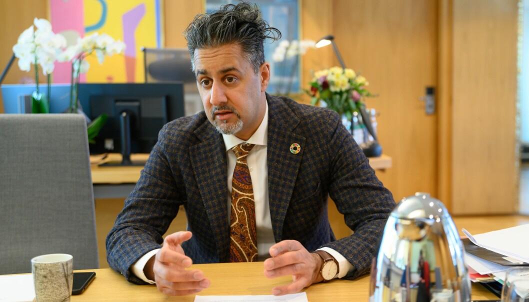 Kultur- og likestillingsminister Abid Raja (V).