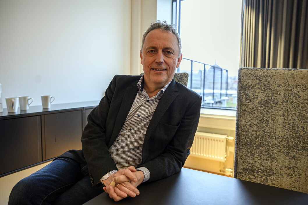 Konsernsjef Are Stokstad i Amedia vil ikke at noen av de ansatte skal reise til områder med korona-smitte.