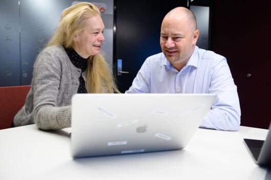 Kommunikasjonsrådgjevar Hege Steinsland og produktsjef Vidar Holm i Vipps.