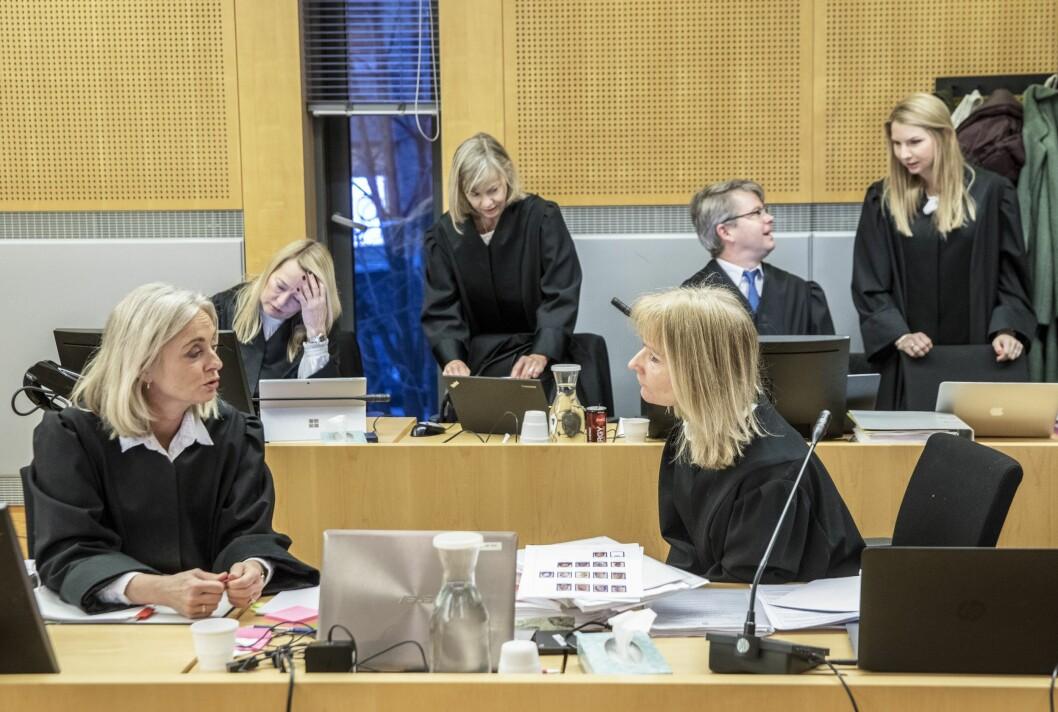 Rettssaken mot mannen med bakgrunn fra kultur og medier startet i Oslo tingrett i januar. Han er tiltalt for ni voldtekter og for seksuell omgang med en person under 16 år.