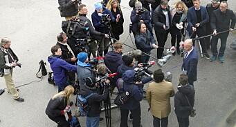 Her står journalistane tett i tett: – Flaut
