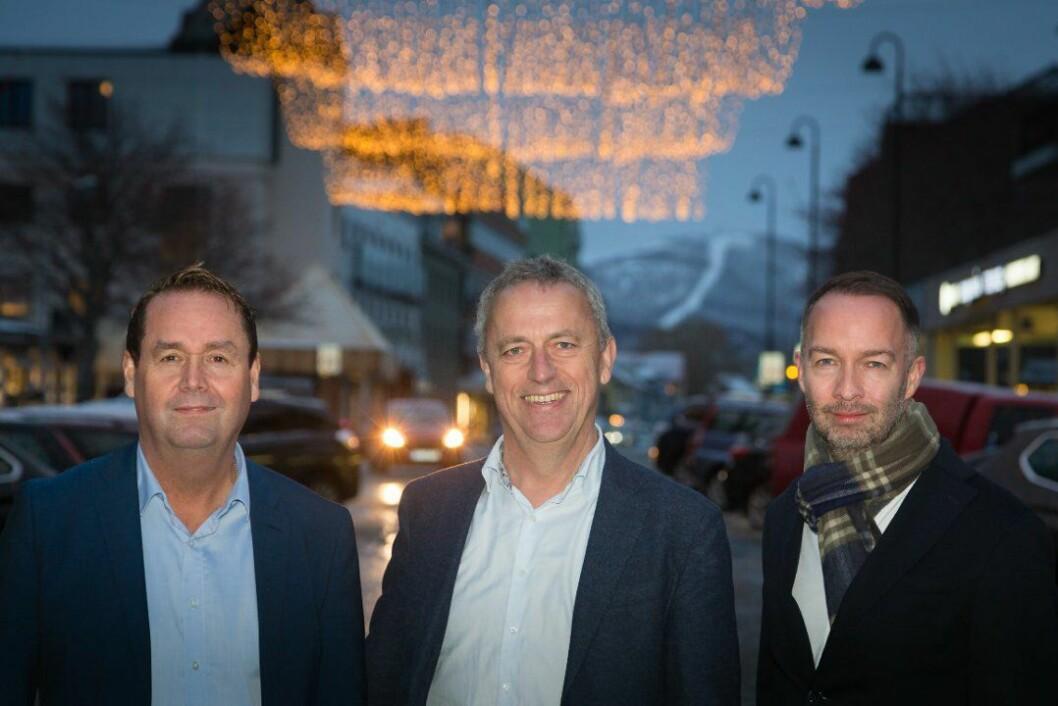 Dagleg leiar Ståle Pettersen, Bodø Nu, konserndirektør Are Stokstad i Amedia og sjefredaktør Geir Are Jensen i Bodø Nu.