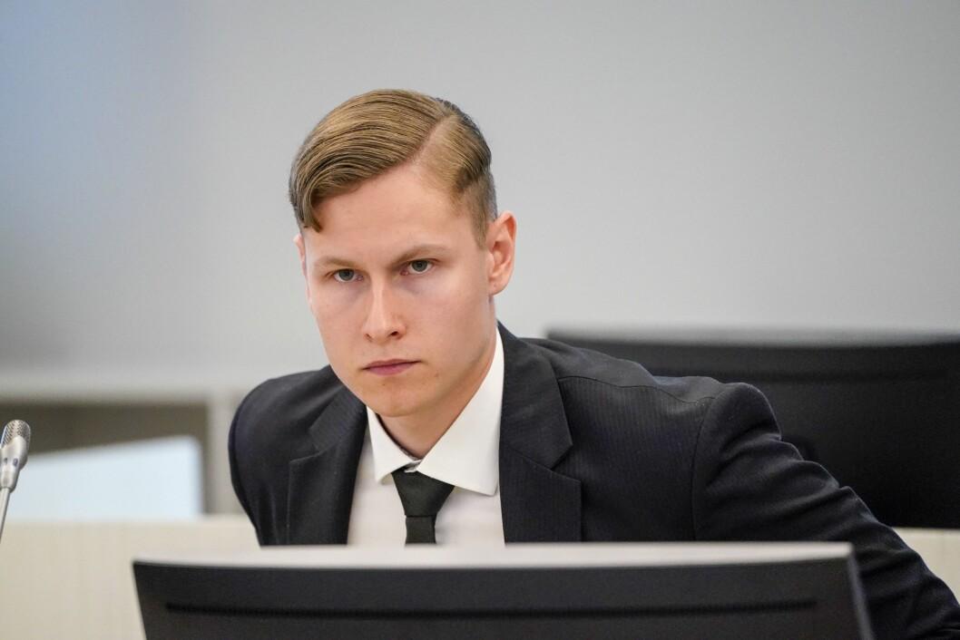 Straffesaka mot draps- og terrortiltalte Philip Manshaus starta i Asker og Bærum tingrett torsdag.