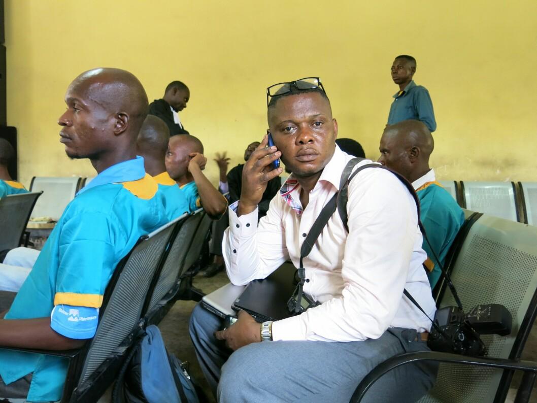 John Bompengo, her fotografert i rettssalen da Joshua French sto tiltalt for å ha drept Tjostolv Moland i Ndolo-fengselet i Kinshasa i 2013.
