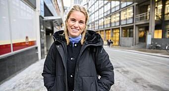 Synva Hjørnevik (29) ansatt som journalist i Svarttrost Produksjoner