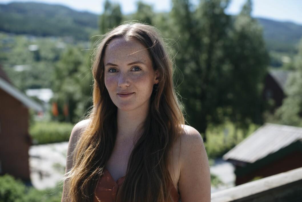 Anna Huseby kan feire etter å ha fått fast jobb i Hallingdølen.