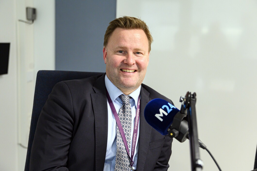 Espen Rostrup Nakstad, assisterende direktør i Helsedirektoratet, forteller hvordan det har vært å bli kjendis over natten og besvare over 70 mediehenvendelser daglig.