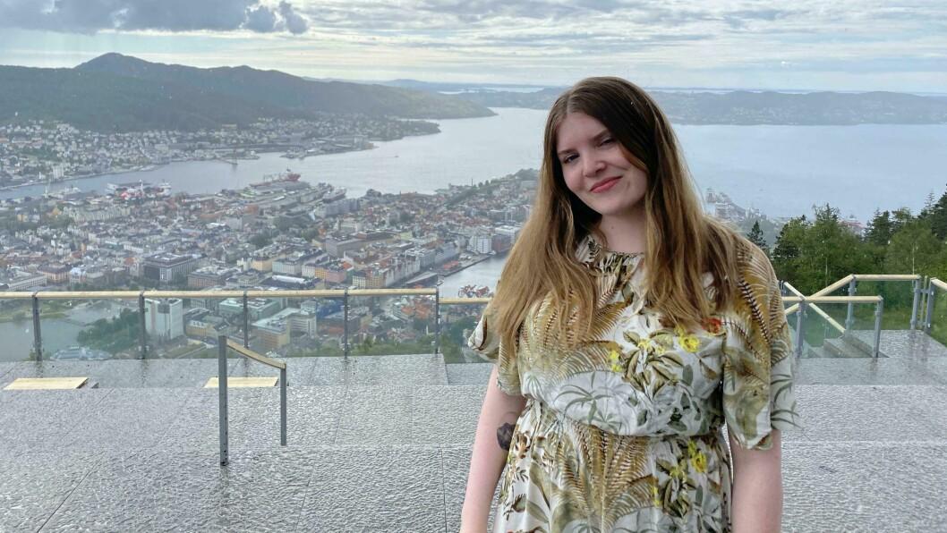 Elise Kvien er radioprogramleder i NRK Vestland i Førde.
