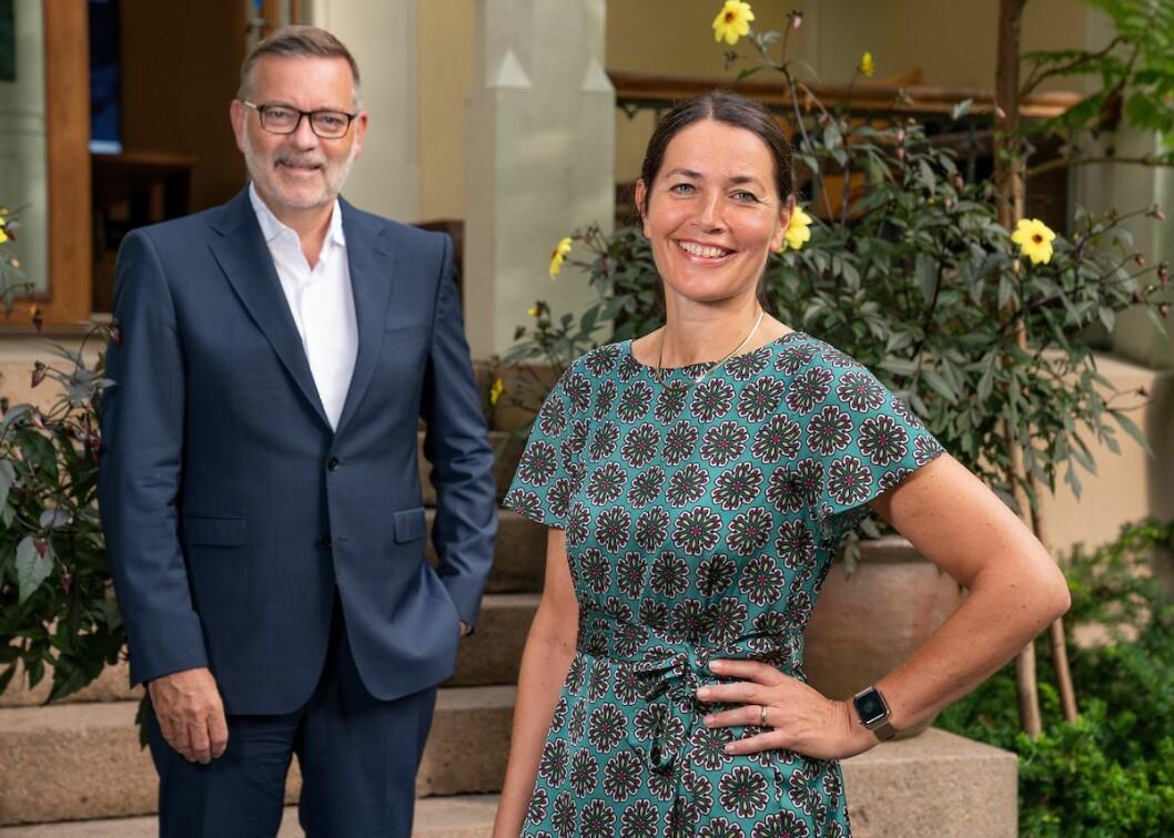 Inger Mette Nilstad er ansatt i Kruse Larsen. Her med daglig leder Jan-Erik Larsen.