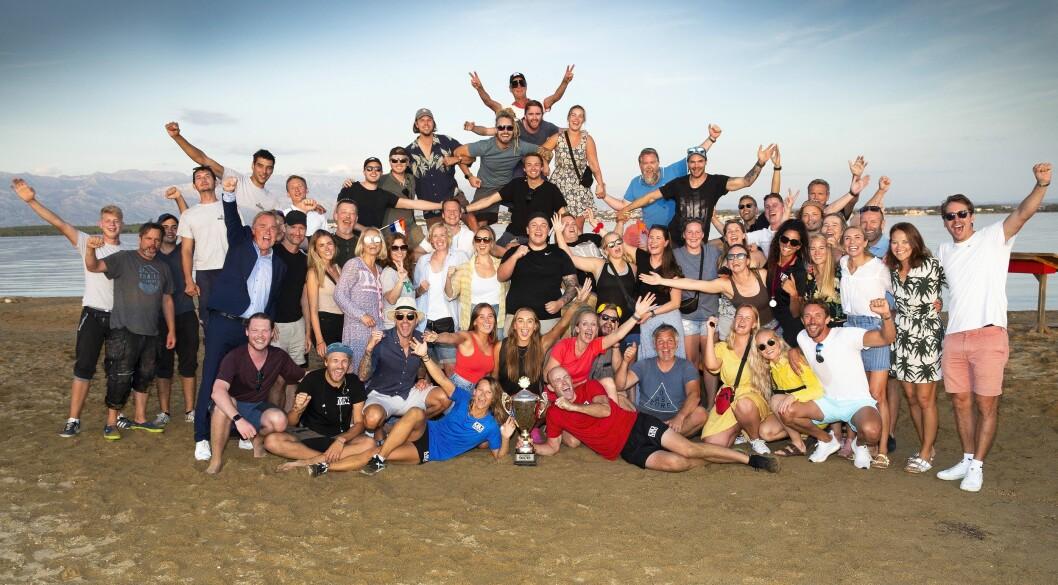 Her er hele crewet som jobbet i forbindelse med den ellevte sesongen av Mesternes Mester avbildet sammen, etter finalen i Kroatia.