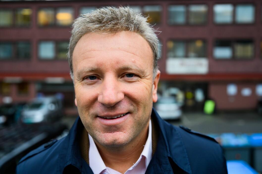 Sjefredaktør Vebjørn Selbekk i den kristne dagsavisa Dagen slår et slag for lederartikkelen som format.