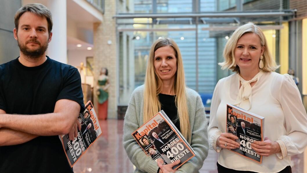 Kapital-journalistene Rikard Solem, Tonje Tellefsen og redaktør Vibeke Holt er alle stolte over magasinets liste over landets 400 rikeste personer.