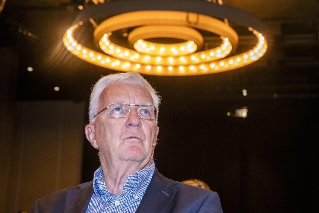 Styreleder Trygve Hegnar møtte pressen da granskningsarbeidet av Hurtigruten Cruise AS ble presentert på en pressekonferanse tidligere i høst.
