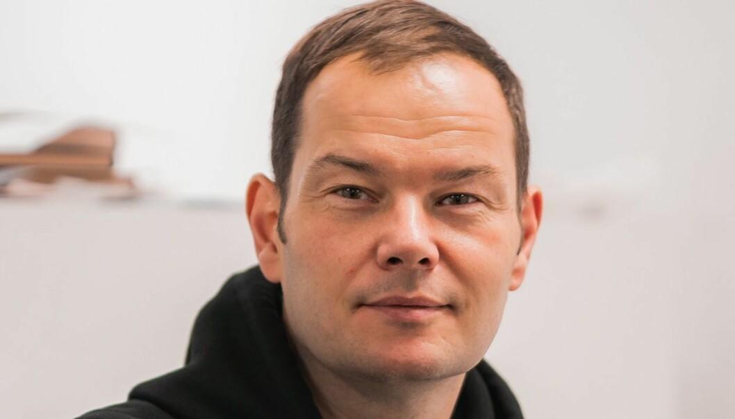 Jon Martin Larsen, høyskolelektor i journalistikk ved Høyskolen Kristiania, og tidligere ansvarlig redaktør i Akershus Amtstidende i avistegnerbyen Drøbak