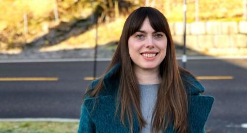 I ett år har Eli Bjelland (38) drevet NRK-kontoret helt alene. Nå får hun endelig fast jobb