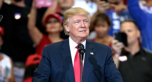 Wikipedia-grunnlegger: Twitter og Facebook har sviktet i håndteringen av Trump