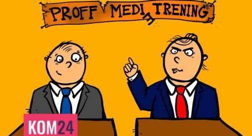 Bli med to voksne herrer med slips på medietreningskurs