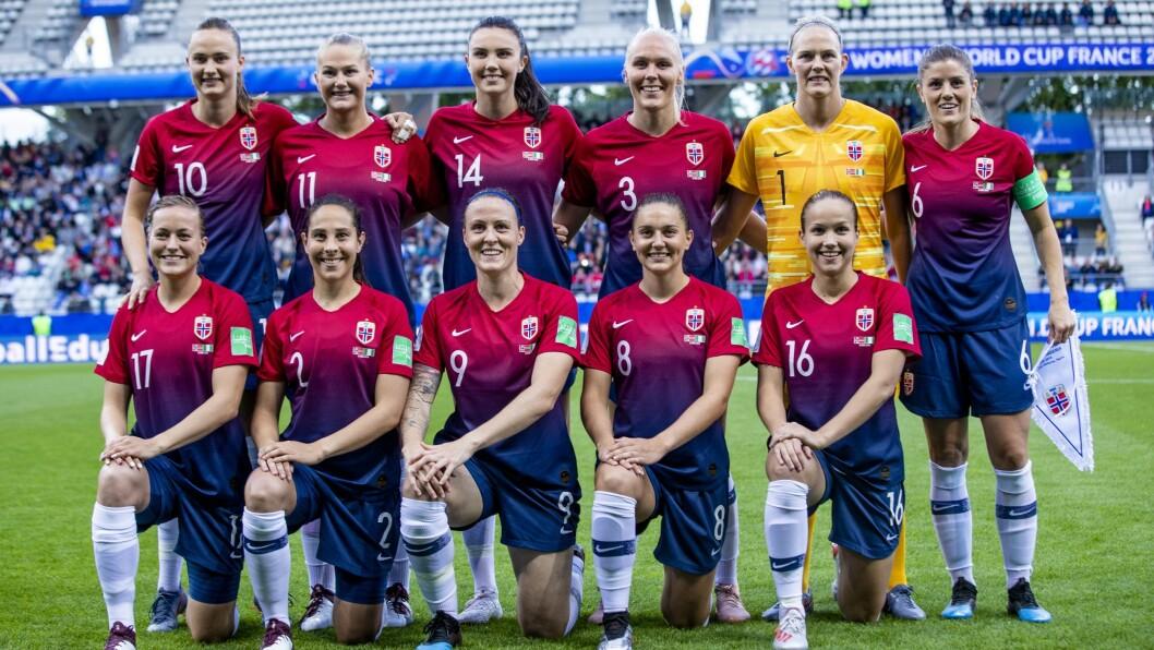 Det norske kvinnelandslaget i fotball vekket stor interesse da de kom helt til kvartfinalen av fjorårets verdensmesterskap. Nå har NENT Group sikret seg rettighetene til det neste mesterskapet som spilles om  tre år,