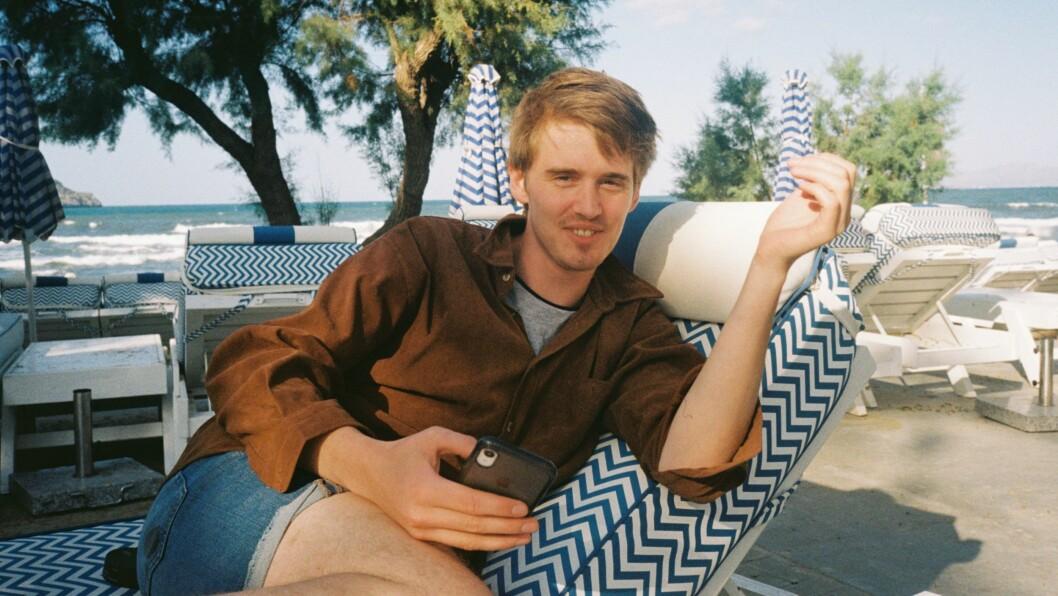 25 år gamle Henrik Sande Giæver har fått fast jobb i Avisa Oslo.